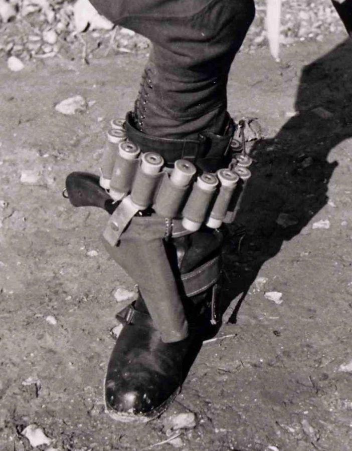 http://leuchtpistole.free.fr/ImagePLFsitu/Photo_2012_2_1.jpg